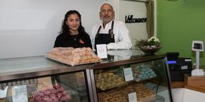Shahad Faleh och Faleh Shafi jobbar i familjeföretaget Babylon bageri.