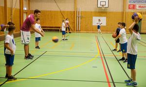 Basketgänget höll till i Vasaskolans gympasal.