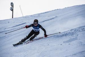 Emma Aicher från Sundsvalls Slalomklubb tog en trippel och D15-16-klassens storslalom, slalom och parallellslalomtävlingar i helgen.