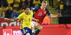 Victor Nilsson Lindelöf var besviken efter 1–1 mot Norge. Bild: TT.