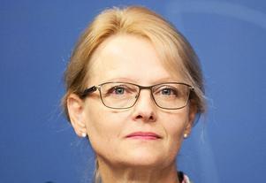 Biträdande justitieminister Heléne Fritzon (S)  vill skärpa kraven kring SMS-lån ytterligare för att svagare konsumenter inte ska hamna i lånefällor. Foto:  Emma-Sofia Olsson.