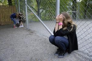 Hur gammal är flickan? Svenska sexualförbrytare borde inte kunna komma undan med att säga att de trodde att den de utnyttjade fyllt 15.