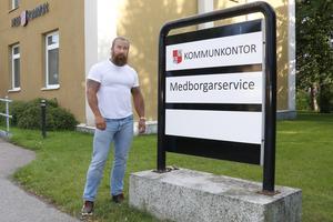 Jan Emanuel Johansson träffade politiker och tjänstemän i Hebys kommunkontor.