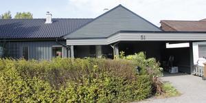 Sadelgatan 51 i Köping har bytt ägare för 1 925 000 kronor.