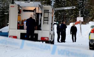 Polisens tekniker var på plats tidigt under onsdagsmorgonen.