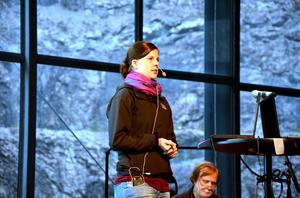 Sara Johansson har forskat kring geoturism i Siljansområdet vid Uppsala universitet, och presenterade sitt arbete på informationsmötet i Dalhalla. Sara var även med Meteorums delegation till den internationellaEGNkonferensen, European Geopark Networks, iPortugal i september där hon och Thomas Jacobs gjorde en presentation av Meteorum.