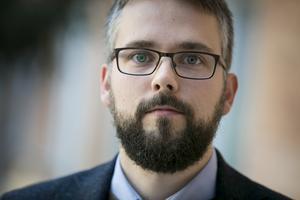 Måns Thulin, docent i statistik jobbar som lärare i AI-teknik och maskininlärning – en teknik som är kraftigt omdebatterad.