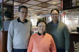 Familjen Chiu har genom åren byggt om hela restaurangen, från köket till restaurangdelen. Lunchbuffén är en del av det de infört på senare tid.
