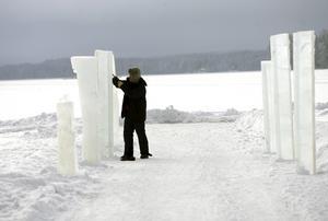 Domino. Isfest väntar i Sikfors igen. Bland annat ska ett rekordförsök med världens största isdomino göras. ARKIVbild: håkan ekebacke