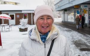 """Lilian Dry, 68, pensionär, Nykvarn: """"En Fitbit, en stegräknarklocka, min har gått sönder. Det är kul att se hur långt man har gått, antal steg och vilken puls man har."""""""