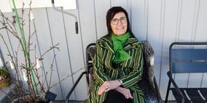 Eva Eriksson i Sundsvall  har skapat sig ett namn som silversmed. Nu pluggar hon till trä- och metallslöjdlärare.
