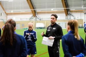 Mattias Nylund, tränare i SDFF.