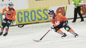 Daniel Mossberg gjorde sin bästa match i Bollnäs – men det räckte inte mot ett snäppet vassare Broberg.