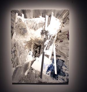 Sigrid Sandström  är influerad av det amerikanska efterkrigsmåleriet samt den skandinaviska nationalromantiken, eller symbolistiskt måleri.