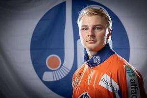 Bild: jps.fi/ÖSK Bandy. Iikka Lempinen klar för ÖSK Bandy.
