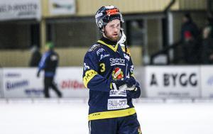 Mattias Blom ordnade en poäng  till Falu BS med ett hörnmål.