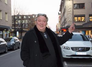 Välkände skådespelaren Leif Andrée är ute på Sverigeturné med sin monolog