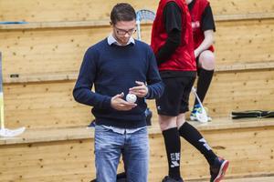 Magnus Lampert hjälper Håsta med mental träning.