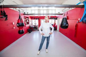 Proffsboxaren Åsa Sandell i sitt boxningsgym i Nora.