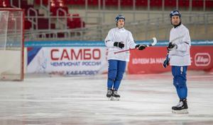 Markus Kumpuoja är inne på sin nionde säsong i Sverige. Nu är han och det finländska landslaget i Chabarovsk för att jaga nya bragder.