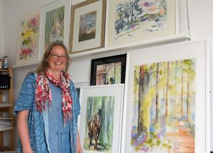 Agatha Postma har ateljé hos kollektivverkstaden. Men i årets konstrunda visar hon sina akvareller i Njurunda.
