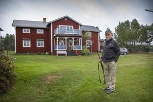 Rune Eriksson bor i en gård med månghundraåriga anor.