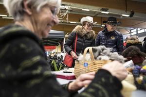 Margith Roos och Claes Lindgren besökte mässan på söndagen.