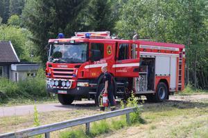Räddningstjänsten liksom ambulans och polis kallades till olycksplatsen.