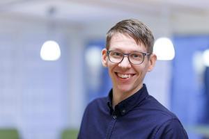 Erik Chorell återvänder ofta och gärna till hemstaden Härnösand. Bild: Mattias Pettersson
