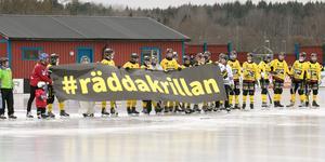 Debatten kring den stundande nedläggningen av Krillans bandybana fortsätter. Insändaren ställer bland annat frågan om den är miljötänk att låta bandy- och hockeyspelare åka till andra kommuner för träningar och matcher.