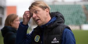 Tony Gustavsson klurar på taktiken.