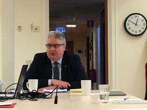 Kommunalrådet Hans Unander ser en ljus framtid för utvecklingen i Rörbäcksnäs.