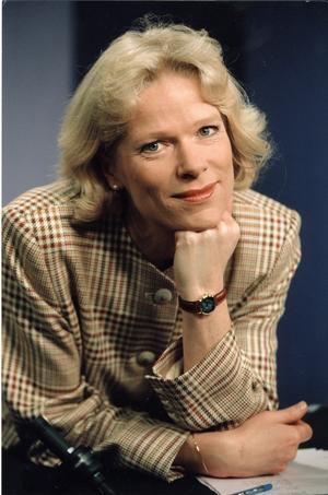 Ulla-Carin Lindquist var under många år Rapports nyhetsankare i SVT2. Hon avled av ALS 2004. Under de sista månaderna ägnade hon sin energi och tid åt att ge upplysning om sjukdomen och att ge den ett ansikte.