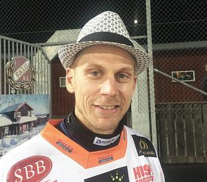 Förhoppningsvis kan Patrik Nilsson bli lika glad i hatten i en ny klubb nästa säsong.