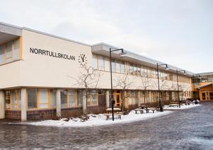 I ett försök att bryta skolsegregationen på Norrtullskolan jobbar man nu med ett förslag att göra om den till en 6-9 skola.