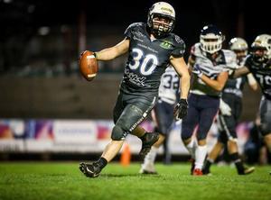 Kasper Wedberg sprang in 800 yards och gjorde elva touchdowns för Thonon Black Panthers i franska ligan 2019. Foto: Privat
