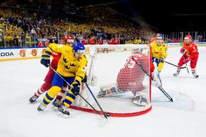 Mikael Backlund har gjort ett riktigt bra VM så här långt. Efter matchen mot Schweiz fick han högsta betyg av Hockeypuls utsända, och totalt har han gjort sex poäng på sju matcher hittills. Foto: Ludvig Thunman / Bildbyrån