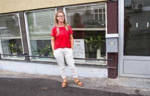 Eva Brink jobbar inom alternativmedicin, och har därigenom träffat många som känt sig överkörda av vården.