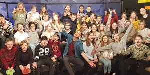 """Mellanstadieeleverna på Lunds skola medverkade under fredagen i SVT:s direktsända nyhetsprogram för barn, """"Lilla Aktuellt Skola"""". Bild: Maria Malm Åberg"""