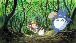 Totoro (längst till höger i bild) är kanske Studio Ghiblis mest kända och älskade figur. Foto: Folkets bio