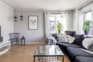 Allrum med parkettgolv. Foto: Svensk Fastighetsförmedling Arboga