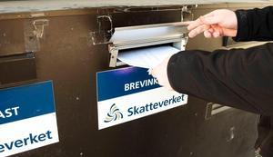 Skribenten har alltid lämnat in sin deklaration i Skatteverkets brevinkast på Storgatan, men i år gick det inte. Bild: Håkan Humla