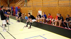 Genomgång på en av veckans träningar inför lördagens premiär borta mot IBF Ludvika.