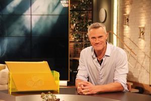Tidaholmaren Patrik Kristoffersen vann på söndagsmorgonen 100000 kronor på triss i direktsändning från TV4-studion.