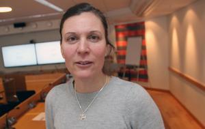 Bättre villkor för undersköterskor kan underlätta rekrytering, anser Stina Munters (C) kommunalråd och själv arbetsgivare.- Vi behöver prata mer om de här frågorna.