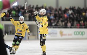 Robert Rimgårds första skott mot mål som Brobergsspelare blev en fullträff.