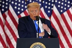 Donald Trump var under onsdagsmorgonen svensk tid snabb med att förklara att han vunnit valet, trots att långt ifrån alla röster har räknats.