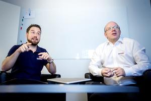 Johan Witzansky och Jonas Hellström, försäljningschef respektive VD på MicroNät, berättar om företagets nya produkt 6XG.