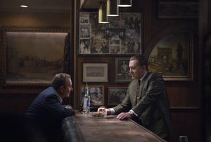 Joe Pesci som Russell Bufalino och Robert De Niro som Frank