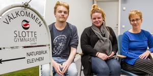 William Våhlberg (C), Lena Svahn (MP), Stina Bolin (S) och övriga utbildningsnämnden beslöt på torsdagen att lägga ned restaurang- och livsmedel, naturbruk djurvård samt estet, på Slottegymnasiet.